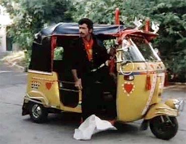 Naseeruddin Shah in Hero Hiralal