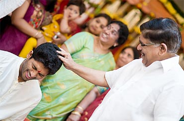 Allu Aravind blesses his son Arjun